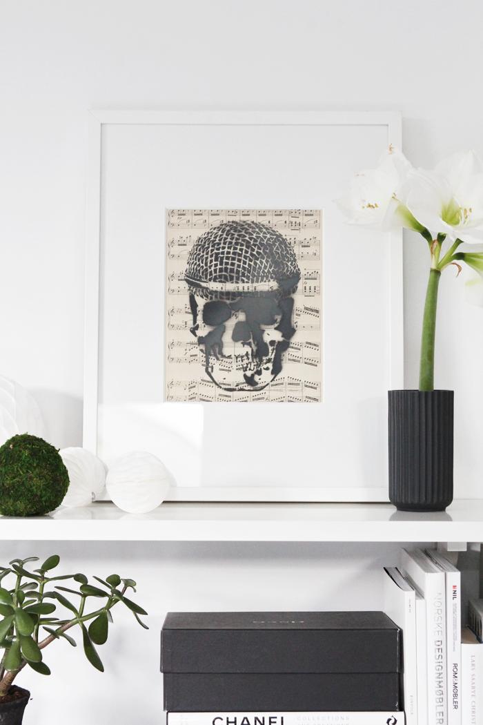 Skull art piece