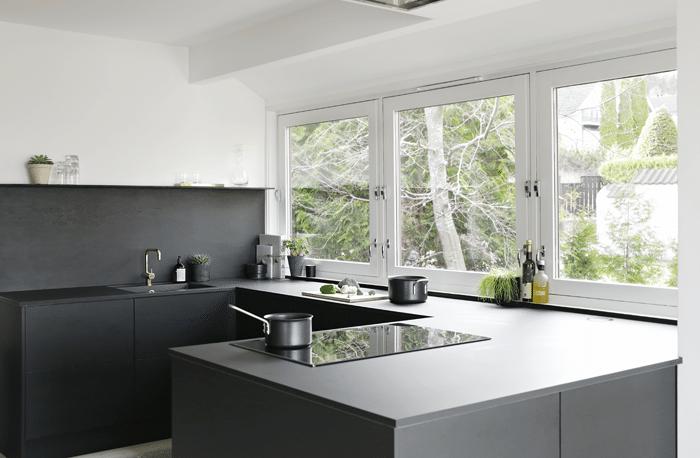 Black kitchen_stylizimo house