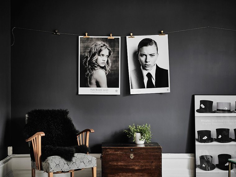 A smart way to hang your pictures