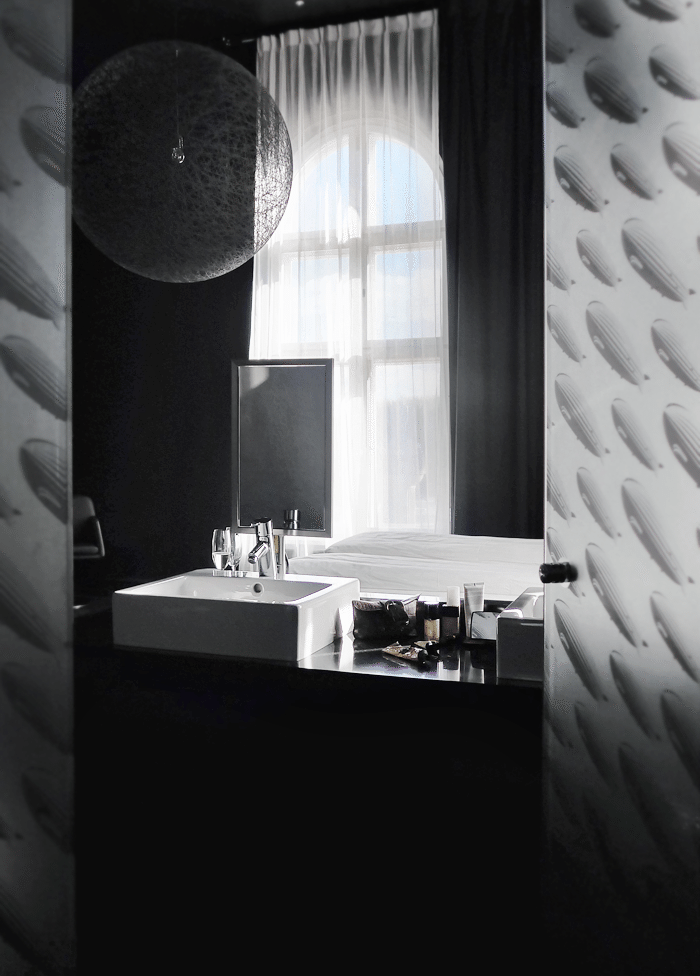 Bathroom_hotel
