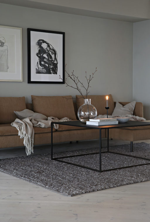 One IKEA sofa – two looks!