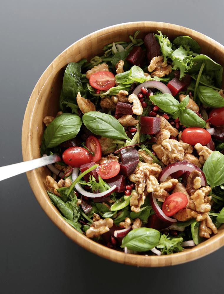 Chicken salad with walnuts