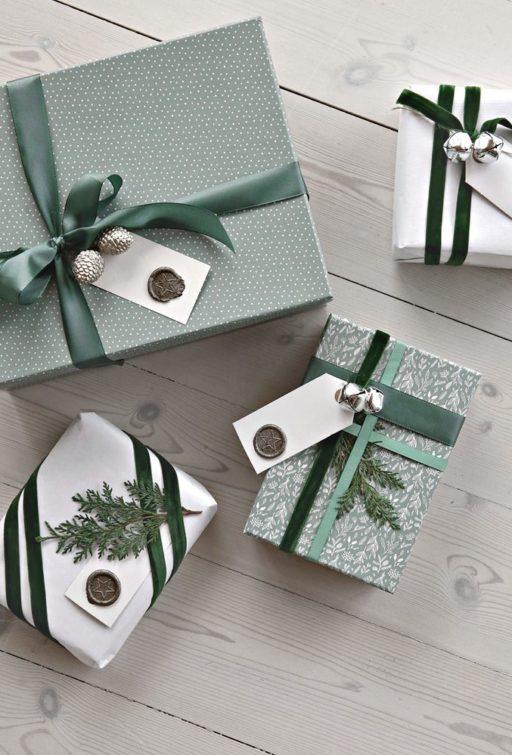 Christmas wrapping & tree