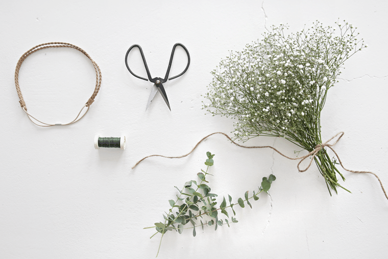 DIY midsummer wreath