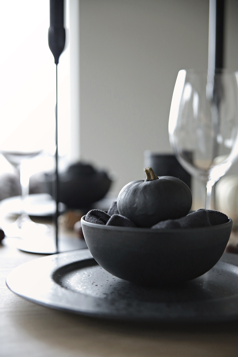 Halloween / Autumn table setting
