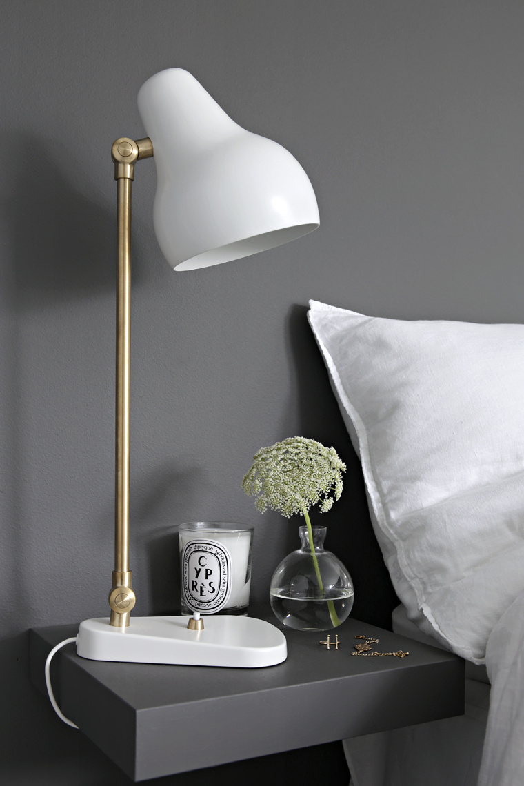 Louis Poulsen VL38 bordlampe