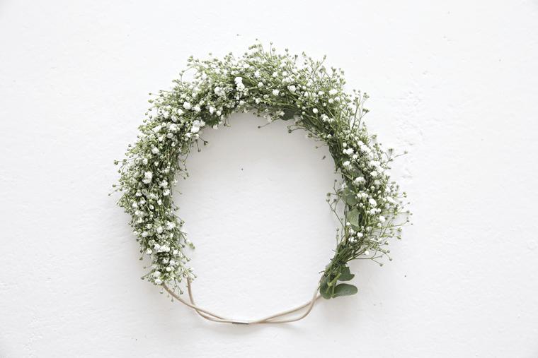White flower wreath_hair
