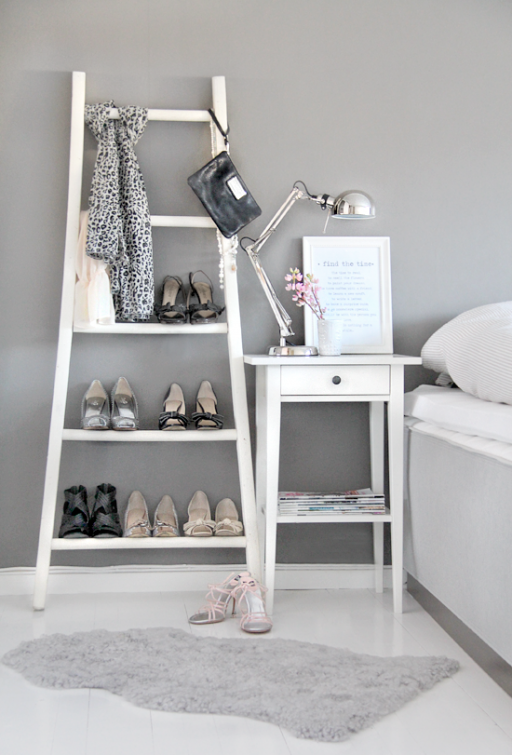 Tips: Decorate with your shoes