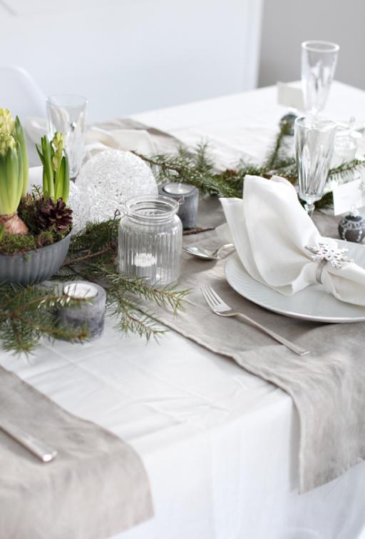 Table setting: Christmas