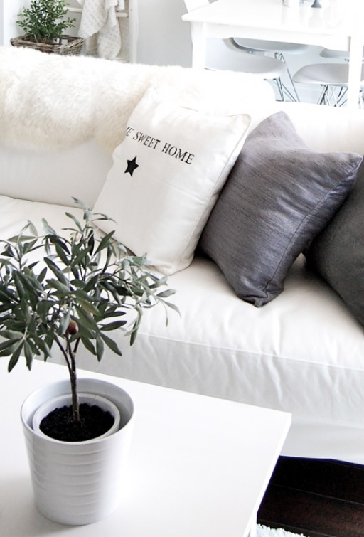 DIY: Pimping up an Ikea pillow