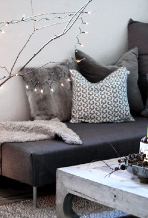DIY: Sofa with chaise lounge