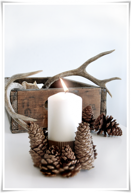 DIY: Pinecone candle holder