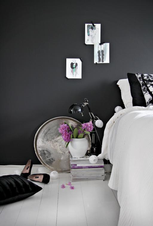Bedroom – with black walls