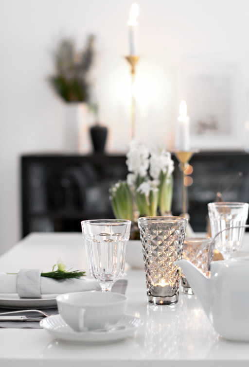 Table setting // Breakfast