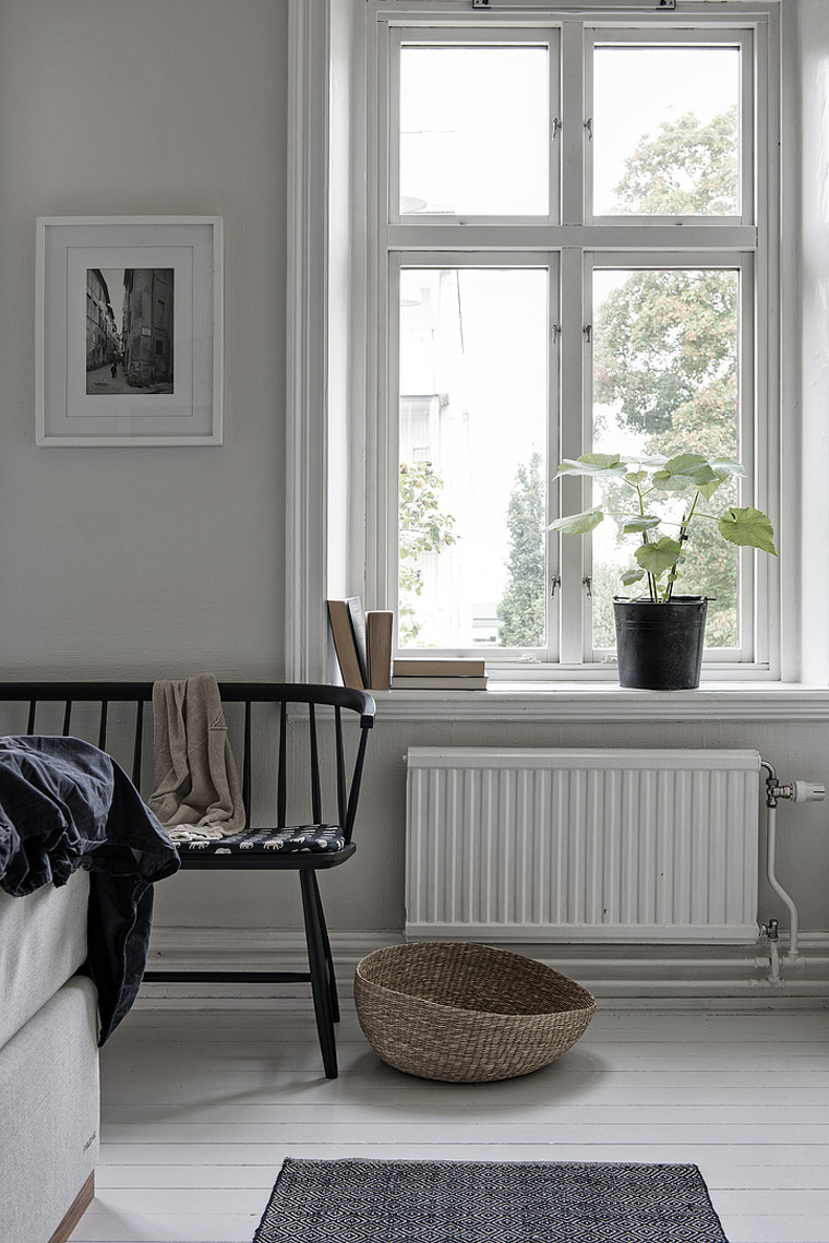 Decorating tips for the window sill | Stylizimo